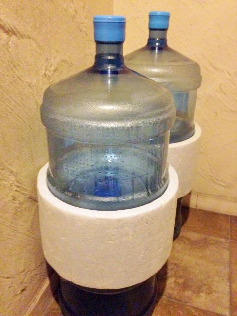 毎月いらないのに送られてくるお水が全部消費できない