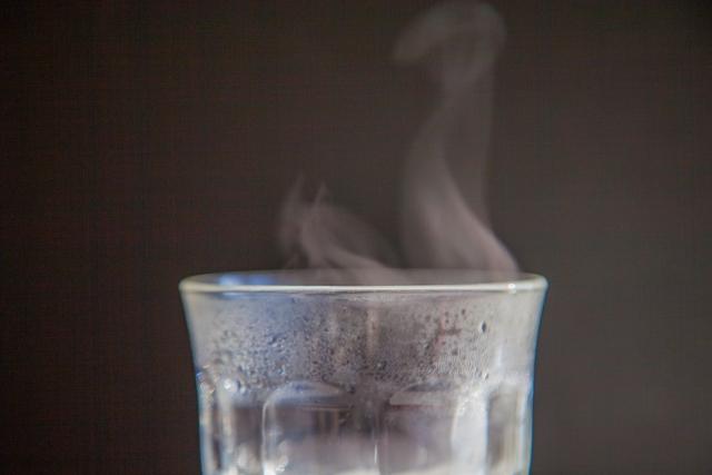 湯冷ましと白湯って何が違うの?違いと用途を説明します!