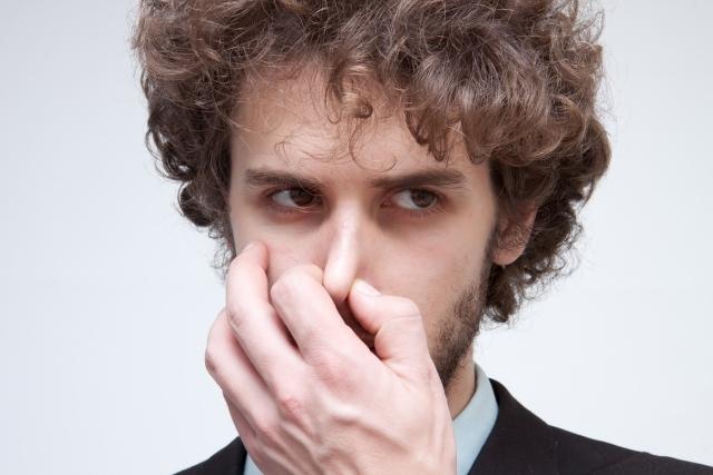 水道水が臭い…においが気になるときはどう対処すればいい?