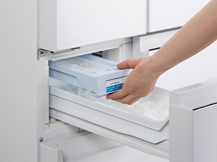 冷蔵庫の自動製氷機のメンテナンスはどうすればいいの?簡単に出来るお手入れ方法!